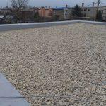 bezpečná a bezproblémová plochá strecha